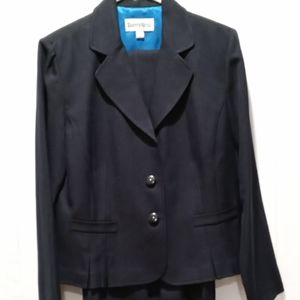 Danny and Nicole navy blue suit size 12